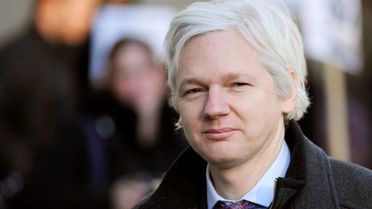 Más aventuras de  Assange