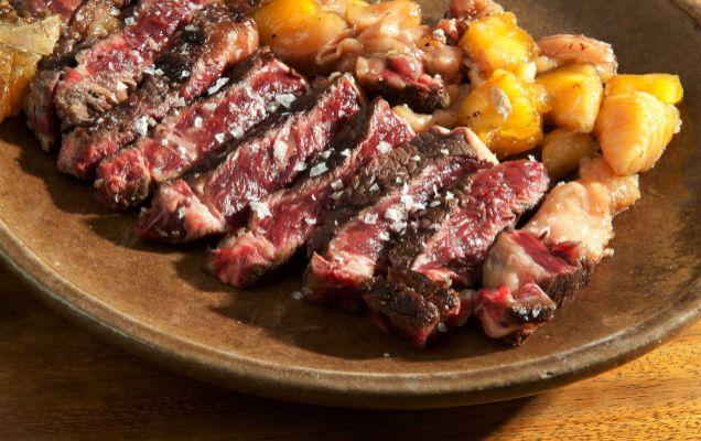Comer carne hace a los hombres más varoniles