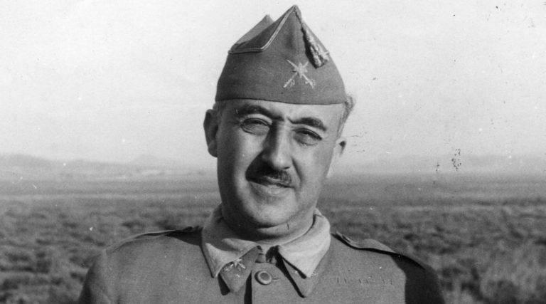 Francisco Franco es destituido como Alcalde de Valencia