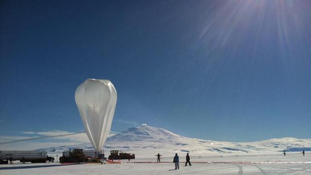 Globo de la NASA rompe récord de vuelto en la Antártida