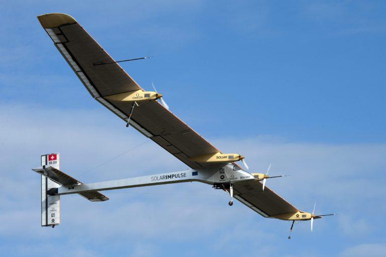 Un avión solar dará la vuelta al mundo