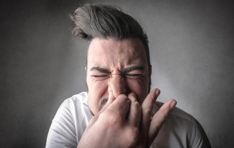 Cuál es la relación entre los estornudos y el sexo