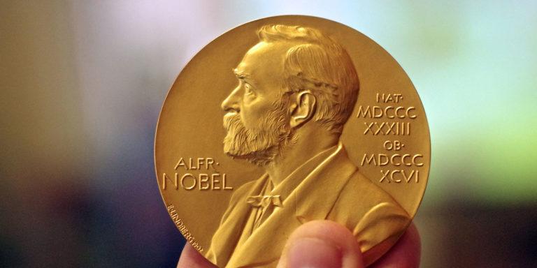 Higgs y Englert se llevan el Nobel de Física