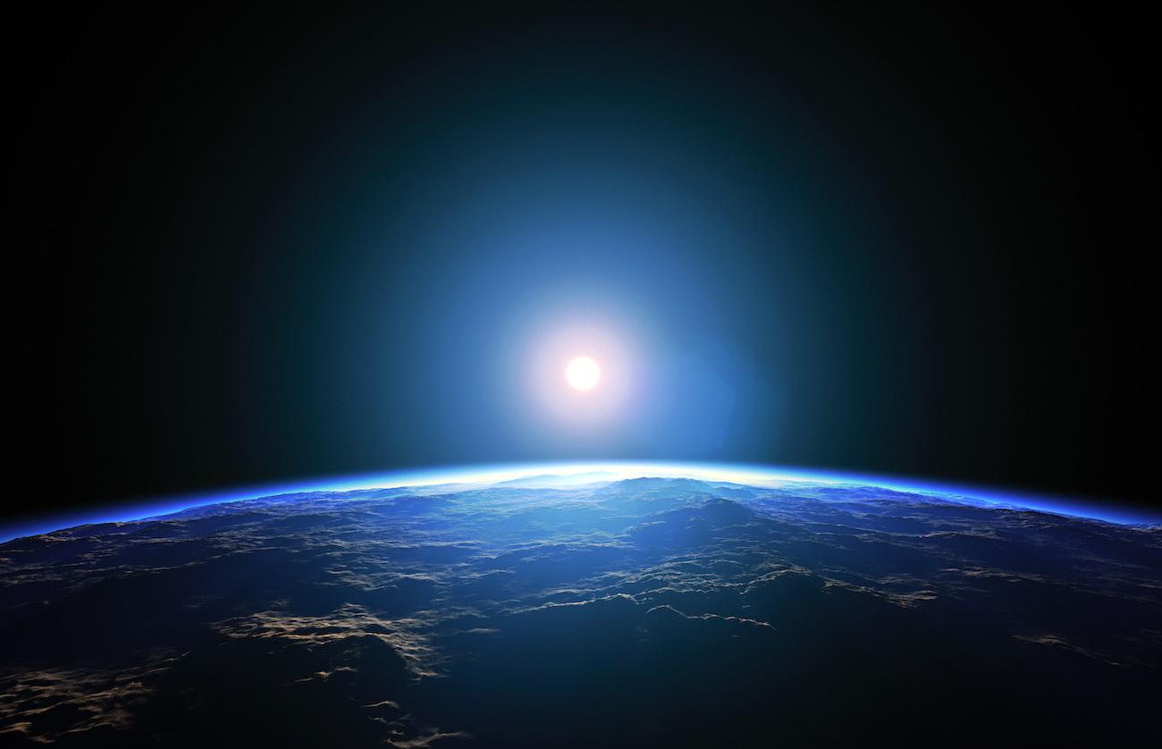 Por d nde sale realmente el sol en la tierra mentes for Donde esta el sol